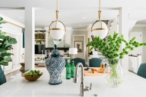 BY Tiffany Brooks Interior Designer Photos © 2016 Scripps Networks, LLC. Used with permission; all rights reserved. HGTV
