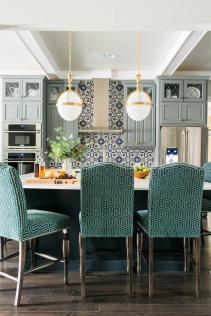 sh2016_kitchen-view-from-living-eucalyptus_v