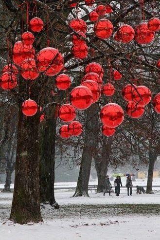Crazy Balls Christmas