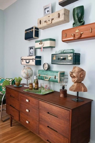 using vintage suitcases as shelves