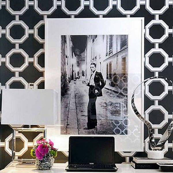 Go Bold With Wallpaper.